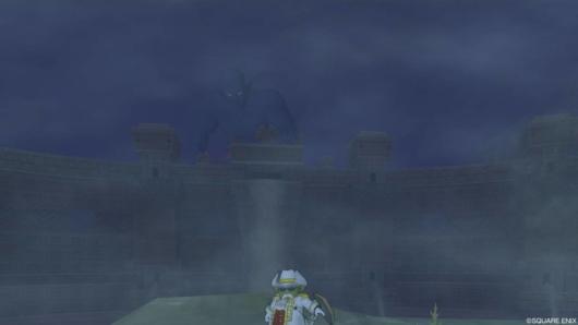 砂塵にうごめく大巨人
